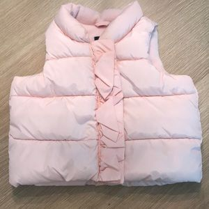 Baby gap light pink  puffer vest. Good condition